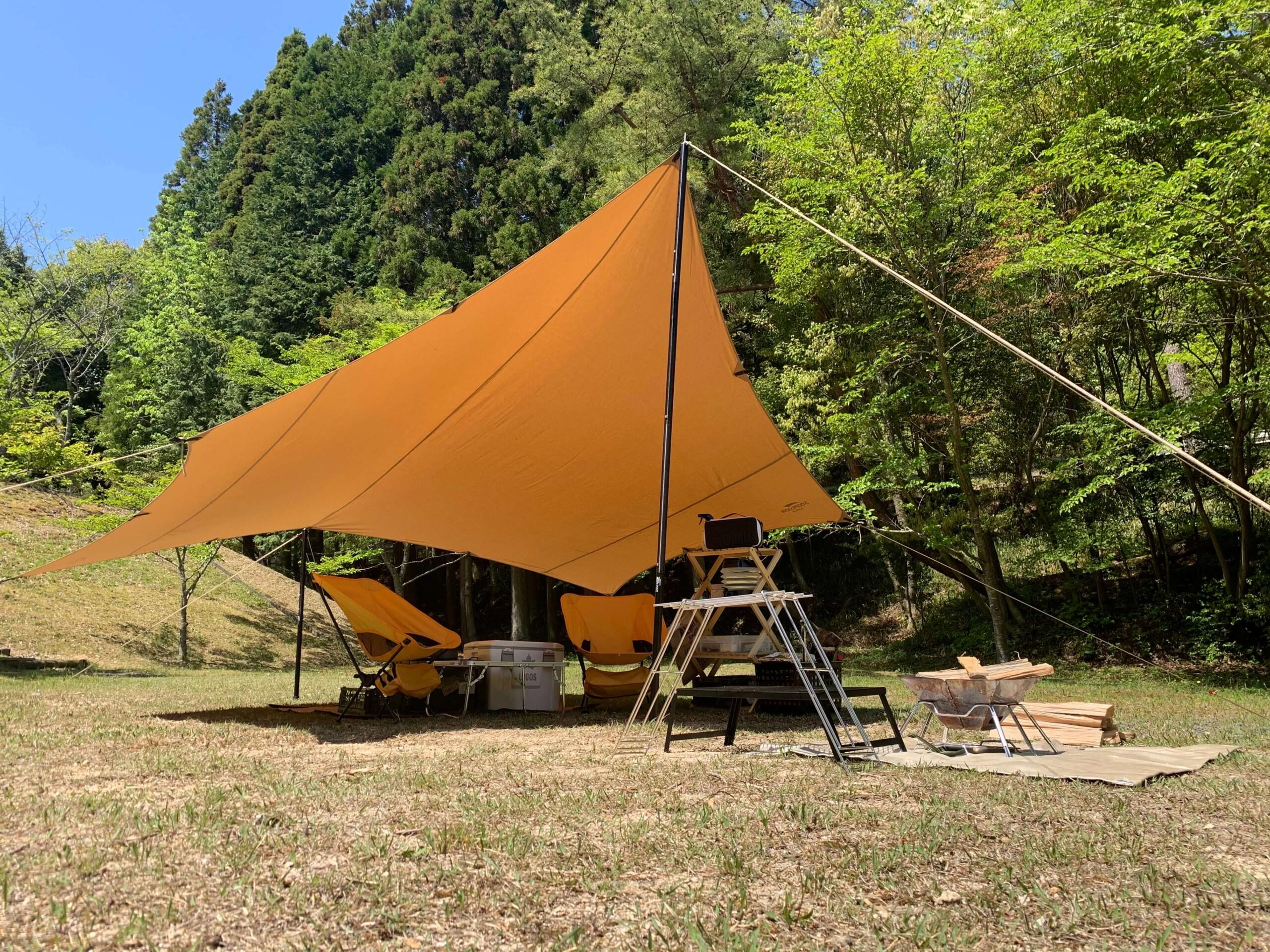 福山羽高湖キャンプ場テント外」